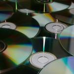 Iš MP3 grotuvų/CD/DVD